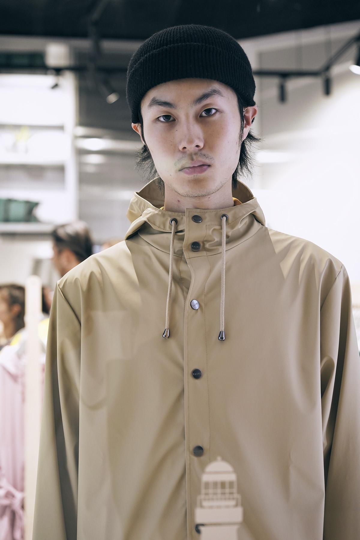 Rains Jacket, 沙漠黄
