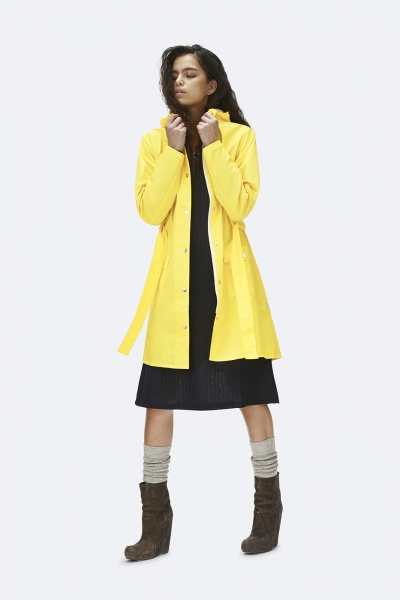 curve-jacket-yellow